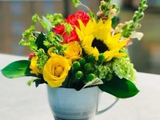 congrats, congratulation, sunflower, rose, snapdragon, mini green, spray rose