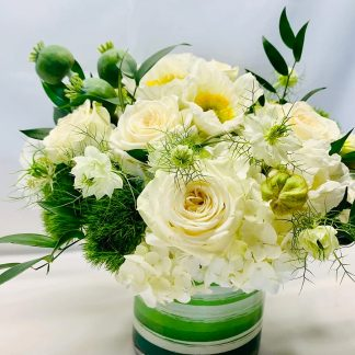 roses, poppies, hydrangeas, nigellas, and accent flowers