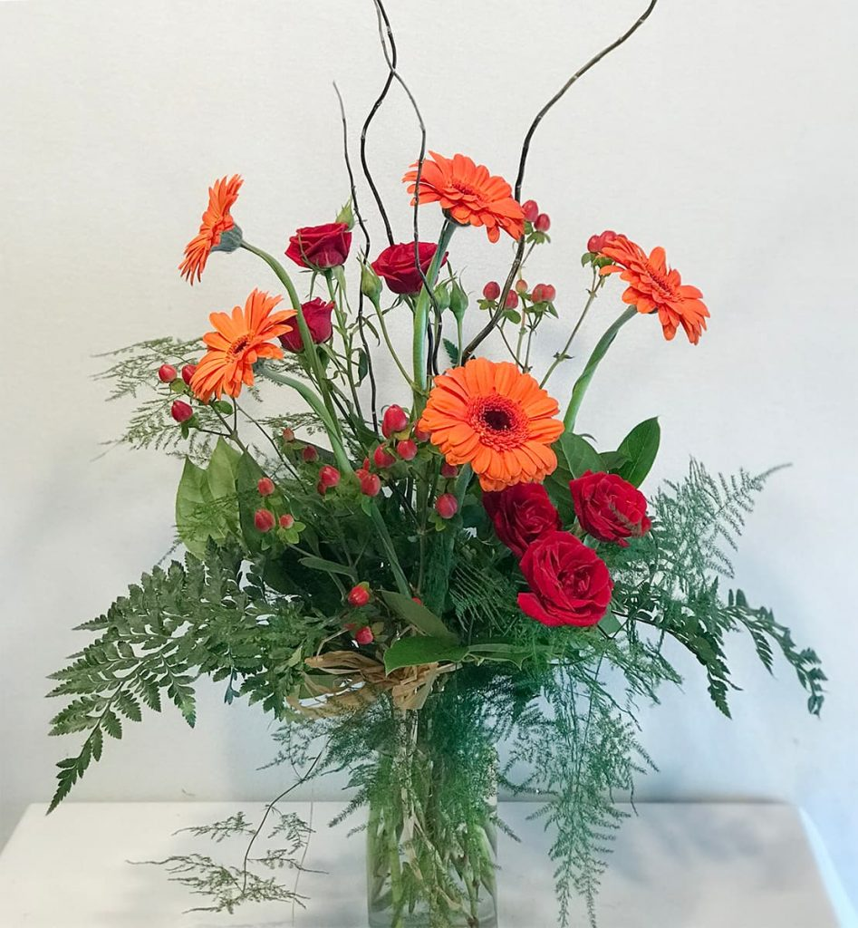 bereavement, spray rose, gerbera, bud vase