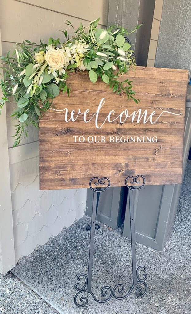 welcome, sign, corner, swag, flowers swag