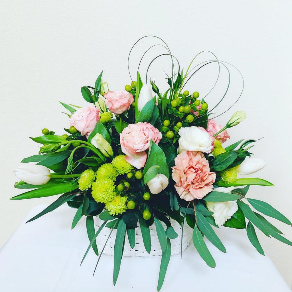 basket, rose, bombastic, lisianthus, mum