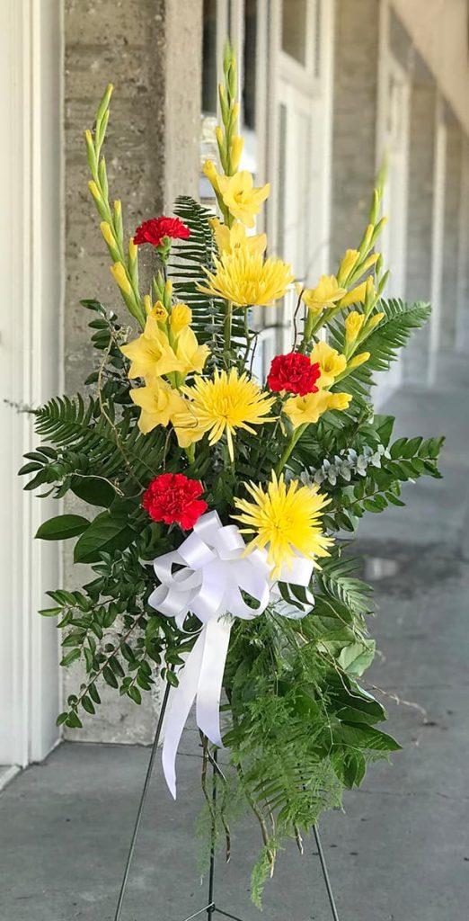 funeral, easel, sympathy, bereavement, disbud, gladiolus, carnation