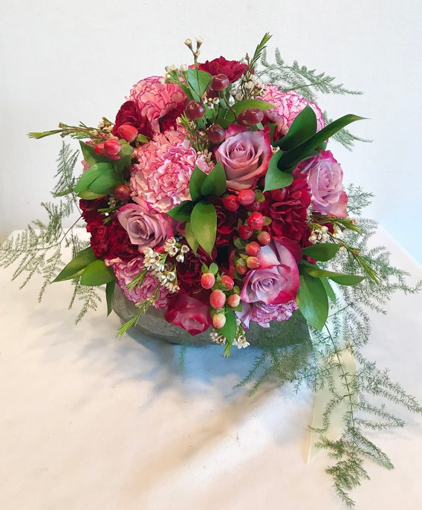 bridal bouquet, traditional, round, wedding bouquet
