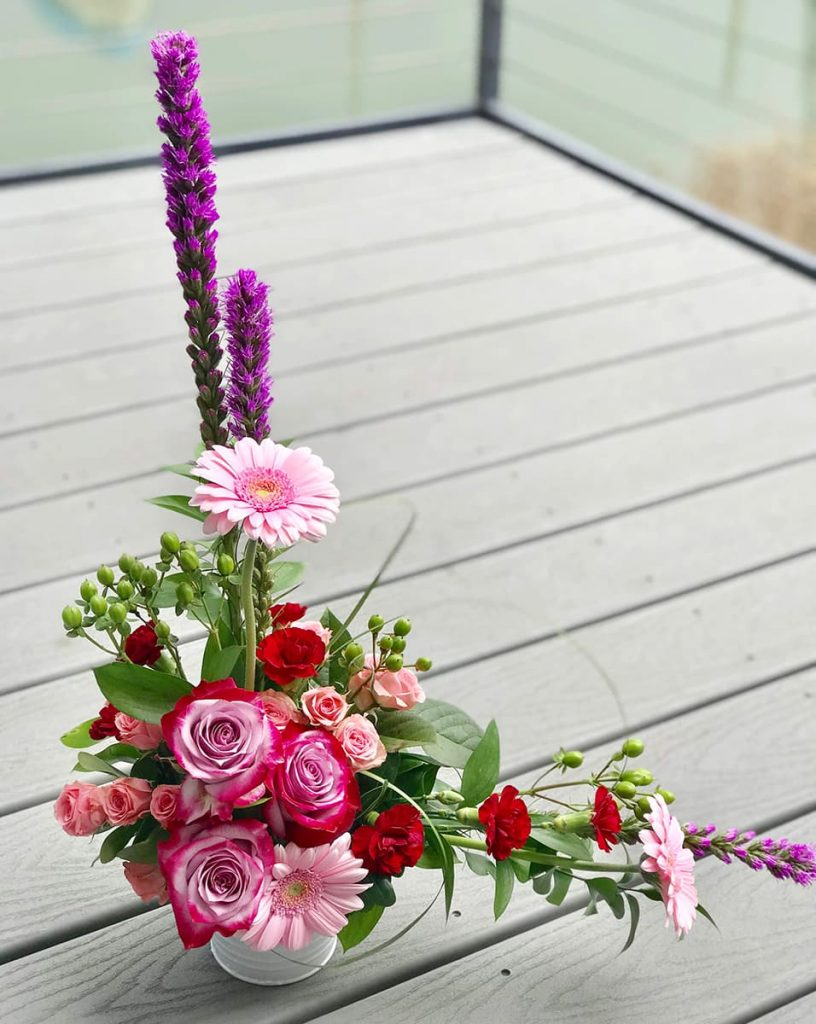 bereavement, rose, liatris, spray rose, gerbera, mini carnation